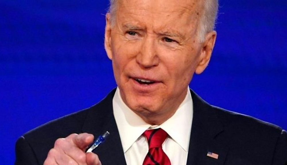 US election 2020: Sanders 'assessing' campaign after Biden rout