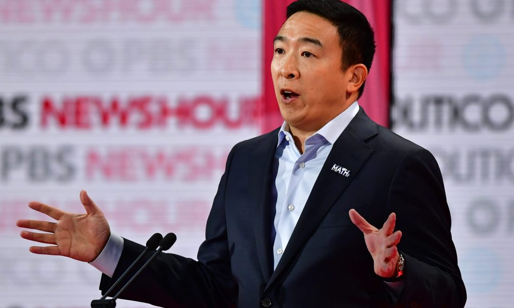 Andrew Yang's nonprofit giving out $1 million amid COVID-19 crisis, including $250-$500 checks via social media